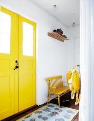 keltainen ovi