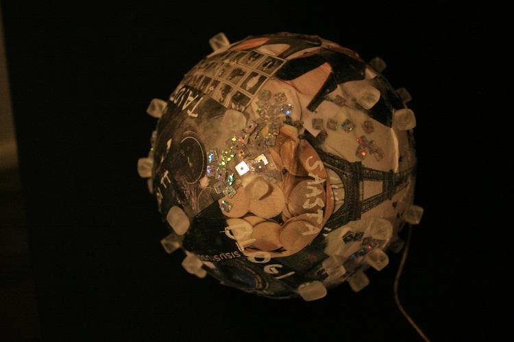 Kristallipallo 3