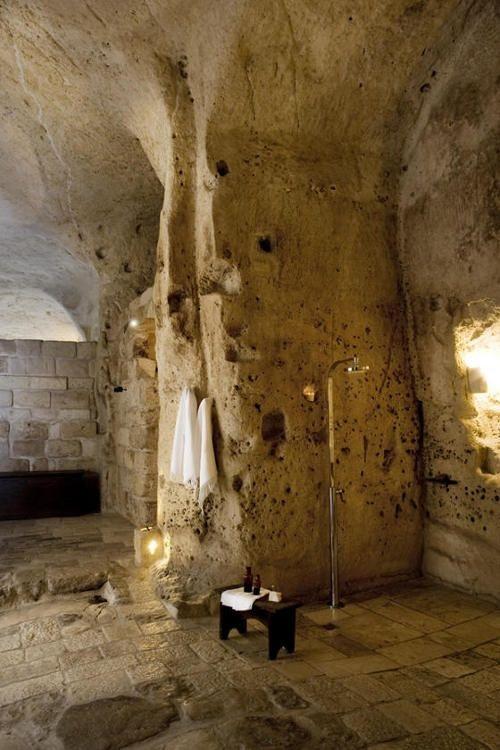 Kylpyhuone 11